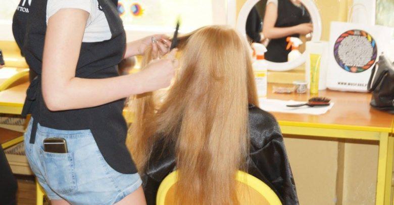 Bytom: Zetnij włosy na peruki dla chorych dzieci. Jeśli Twoje włosy mają 25cm, możesz dołączyć do akcji (fot.UM Bytom)