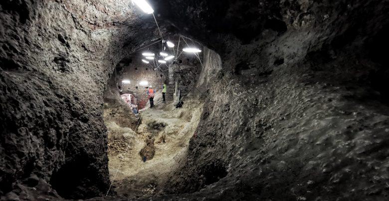 Sensacyjne odkrycie pod Zamkiem w Olsztynie. Pod zamkiem odryto ogromne jaskinie! Fot. Tomasz Sieniawski/Jurajska Gmina Olsztyn