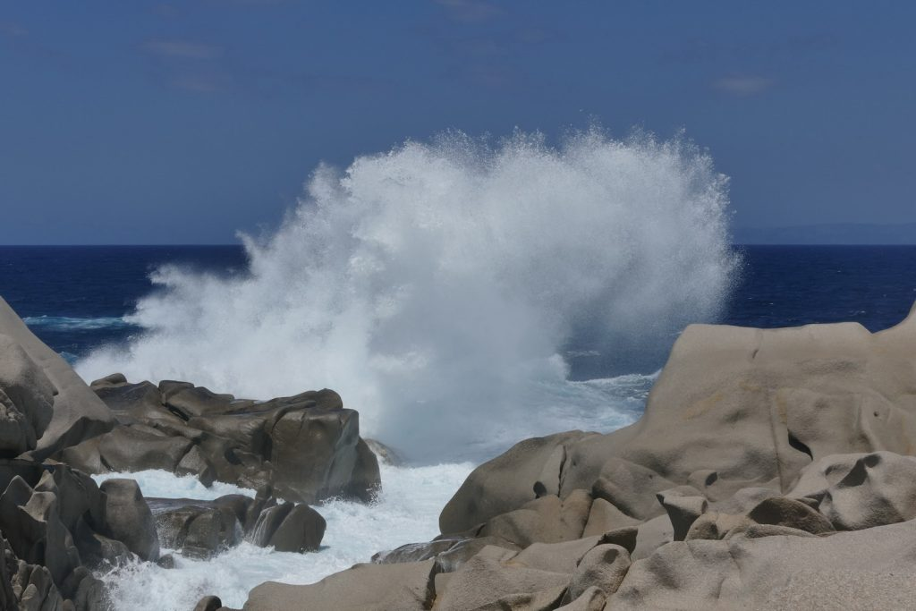 Podróże z Krisem: Czy wakacje na Sardynii mogą być tańsze niż w kraju?