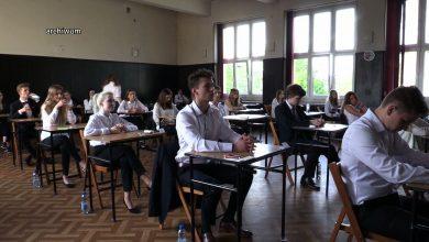 Znane są wyniki tegorocznych matur. Jak wypadli maturzyści z woj. śląskiego? [WIDEO] (fot.TVS)