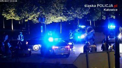 Nielegalne wyścigi w Katowicach. Policja skontrolowała prawie 400 samochodów [WIDEO] (fot.TVS)