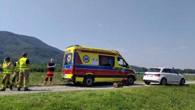 Kolejny wypadek na trasie wyścigu kolarskiego Tour de Pologne 2020. Tym razem doszło do niego w miejscowości Porąbka pod Bielskiem-Białą (fot.Waszym Okiem - Radio Bielsko)