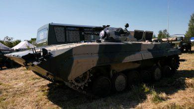 Transportery opancerzone i zabytki z pola bitwy. Piknik Militarny w Wojkowicach