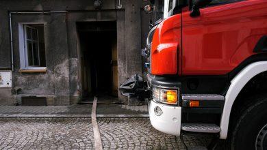 Zabytkowa kamienica w Pszczynie w ogniu. Strażacy ugasili groźny pożar w centrum miasta