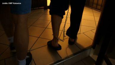 Atak nożownika w Bytomiu! Zaatakował 38-latka przed pawilonem handlowym