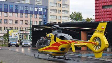 Niesamowita akcja w samym centrum Tychów. Nieopodal CH Azet lądował helikopter Lotniczego Pogotowia Ratunkowego (fot.www.112tychy.pl)