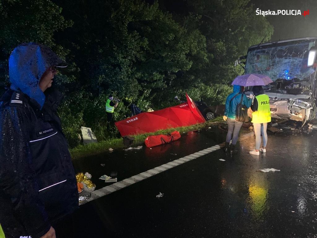Tragiczny wypadek w Gliwicach. Zginęło 9 osób [NOWE FAKTY]