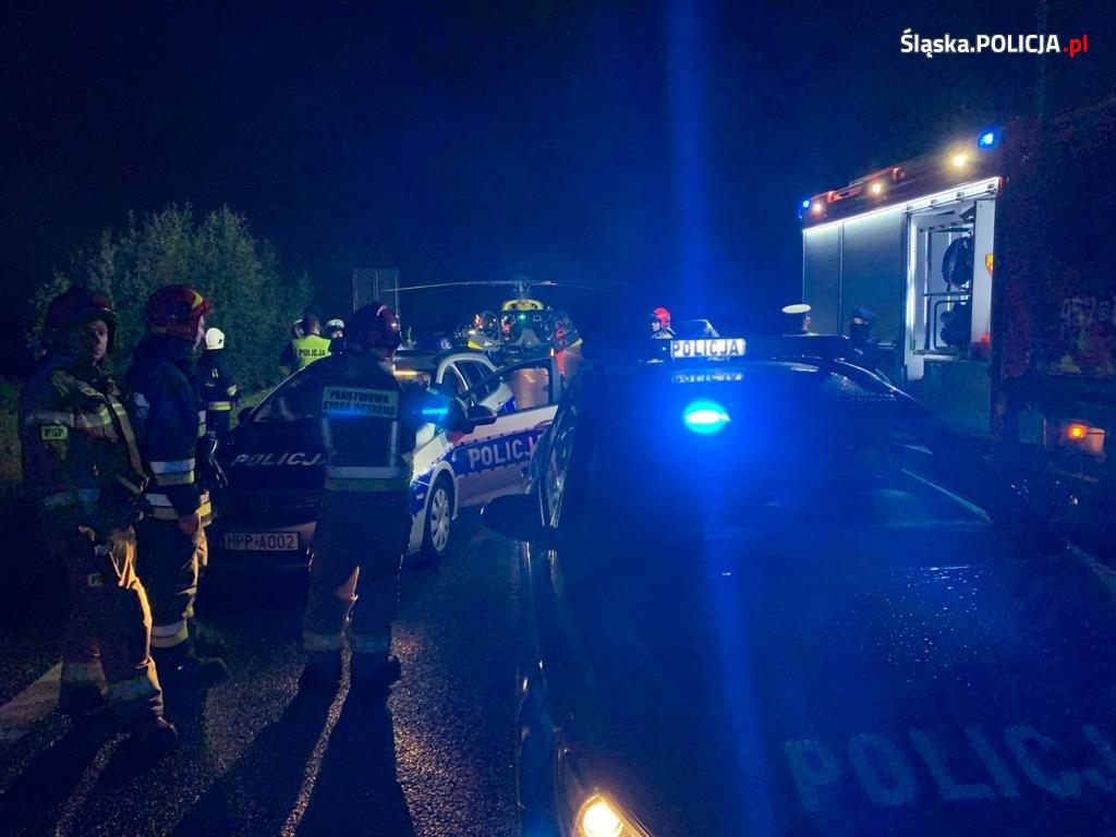 W zderzeniu busa i autokaru w pobliżu węzła Kleszczów na DK 88, zginęło 9 osób podróżujących busem. To pracownicy ochrony, wracający z Wrocławia (fot.KMP Gliwice)