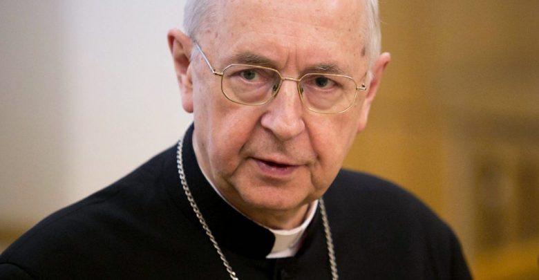Abp Gądecki prosi o Boga o przebaczenie dla zmarłego księdza Henryka Gulbinowicza (fot.episkopat.pl)