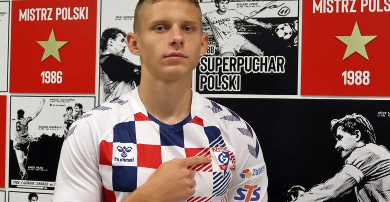 Nowym piłkarzem 14-krotnych Mistrzów Polski został Norbert Wojtuszek. Utalentowany osiemnastolatek związał się z Górnikiem trzyletnią umową z opcją przedłużenia o kolejne dwa lata (fot.Górnik Zabrze)