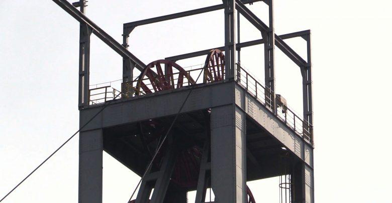 Protest w kopalniach trwa. Pod ziemią 110 górników, ruszają masówki [WIDEO]