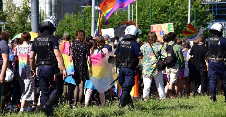 Marsz Równości: zatrzymano jedną osobę podejrzaną o propagowanie faszyzmu. Fot. Śląska Policja