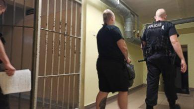 Zabrze: Zaatakowała nożem syna znajomej. Kobieta usłyszała zarzut usiłowania zabójstwa 15-latka (fot.Śląska Policja)
