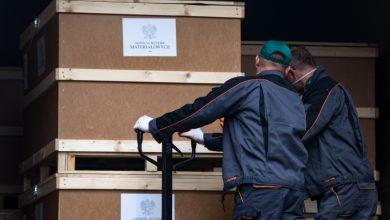 Rząd zaopatruje szpitale w sprzęt do walki z COVID-19. Wszystko to z magazynów Agencji Rezerw Materiałowych (fot.premier.gov.pl)