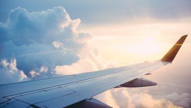 Mężczyzna nie chciał ubrać maseczki w samolocie. Został zatrzymany. Fot. poglądowe pixabay.com