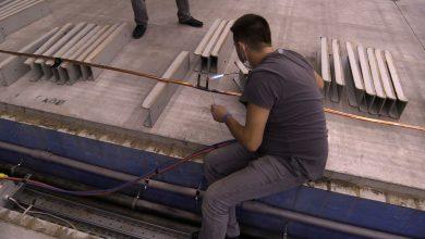 Budowa szpitala tymczasowego w MCK. Są już boksy na 500 łóżek. Trwa też budowa na Pyrzowicach