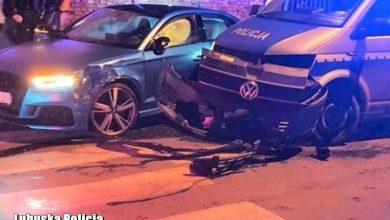 Rozbił swoje auto o radiowóz. Kierowca audi był pod wpływem metamfetaminy (źr. Policja Lubuska)