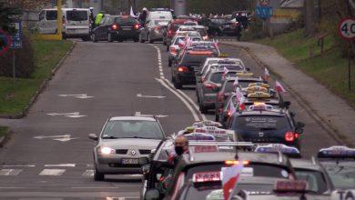 Głównym celem nie było jednak uczczenie Święta Niepodległości, a zwrócenie uwagi na problemy branży taksówkarskiej.