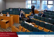 Polityczne przepychanki znane z Sejmu na sesji rady miasta w Jastrzębiu-Zdroju