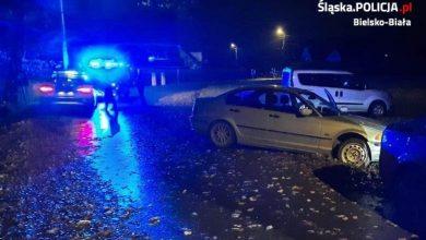 Bielsko: 15-latek podejrzany o kradzież bmw. Wjechał nim do rowu. Fot. KMP Bielsko-Biała