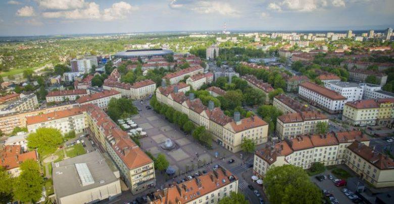 Tychy: Miasto pomaga przedsiębiorcom dotkniętym pandemią koronawirusa (fot.UM Tychy)