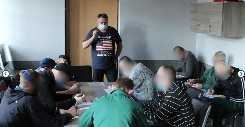 Skazani z aresztu w Mysłowicach uczyli się opieki nad starszymi i niepełnosprawnymi. Fot. Areszt Śledczy Mysłowice
