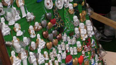 Namiastka świątecznego jarmarku. W Mikołowie kartki i ozdoby przygotowali podopieczni Centrum Integracji Społecznej