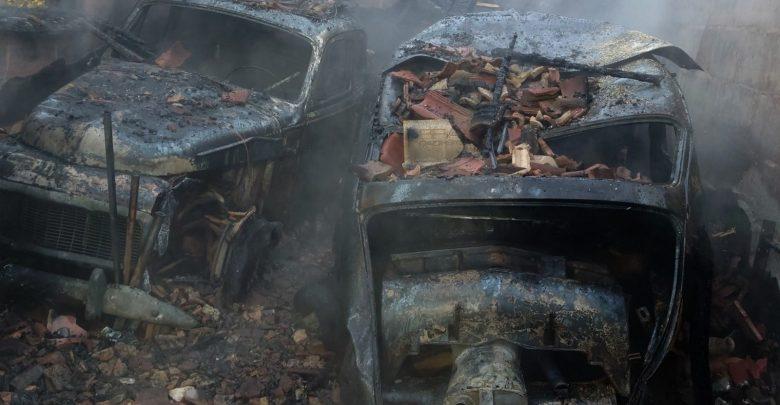 To marzenie niejednego miłośnika klasyków. Piękne, stare Volvo. Dwa egzemplarze coraz rzadszych Volvo PV 544 spłonęły w pożarze w Bielsku-Białej (fot.Waszym Okiem - Radio Bielsko)