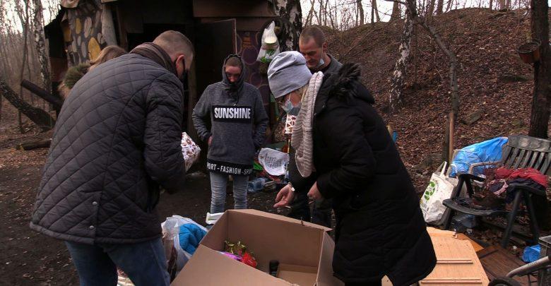 Prezenty dla bezdomnych! Fundacja TVS ruszyła z pomocą [WIDEO]