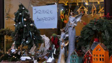 Większość miast zrezygnowałą z organizacji świątecznych jarmarków, choć w kilku miejscach w naszym regionie można choć minimalnie poczuć świąteczny klimiat