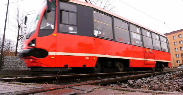 3 kilometry do modernizacji zamiast budowy 5 kilometrów nowej linii tramwajowej. Pieniądze, które miały zostać przeznaczone na zapowiadany od wielu lat tramwaj na południe Katowic, zostaną wydane na co innego