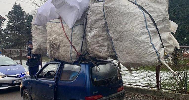 Śląskie: Wiedzieliście, że seicento to takie pakowne auto? (fot.Śląska Policja)