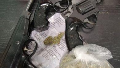 Siemianowice: marihuana, amfetamina, pistolety, niezła akcja, taka sytuacja. Fot. Śląska Policja