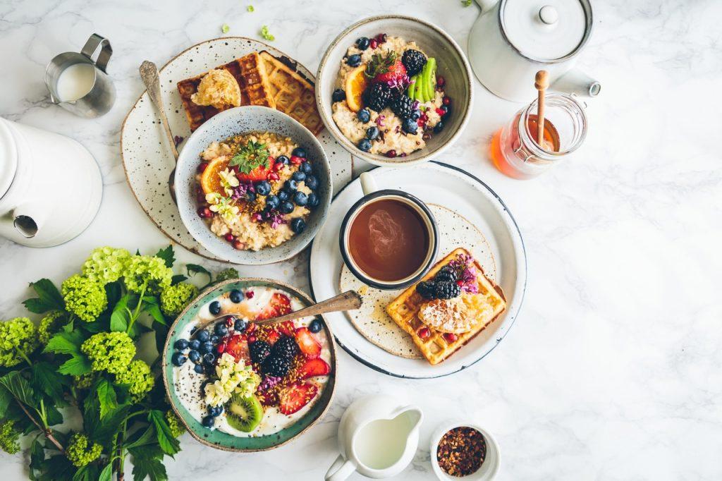 Catering dietetyczny Fit King - doświadczenie połączone z pasją (Źródło: unsplash.com Licencja: https://unsplash.com/license)