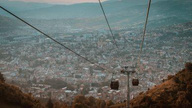 26 grudnia 1992 r. około godziny dziewiętnastej do Sarajewa wyruszył pierwszy transport z pomocą Polskiej Akcji Humanitarnej. [fot. poglądowa / www.pixabay.com]