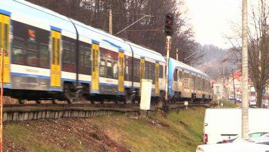 Dziś do użytku tymczasowo oddano zrewitalizowaną linię kolejową Pierściec – Skoczów – Goleszów. To ważna informacja dla wszystkich, którzy chcą z Katowic dojechać pociągiem do Wisły