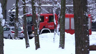 Dziś w południe w zakładach Nitroerg w Bieruniu doszło do bardzo silnej eksplozji. Na miejscu zginął jeden z pracowników, drugi został ranny i trafił do szpitala