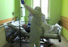 Jak wygląda realna walka o życie pacjentów chorych na koronawirusa - nasza ekipa miała szansę zobaczyć z bliska w Szpitalu Św. Elżbiety w Katowicach
