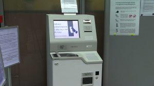 Takie automaty NBP uruchomił w 16 wojewódzkich placówkach w całym kraju