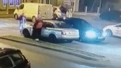 Złodzieje ukradli luksusowe BMW spod supermarketu na oczach świadków. Finału jednak nie przewidzieli (fot.policja)