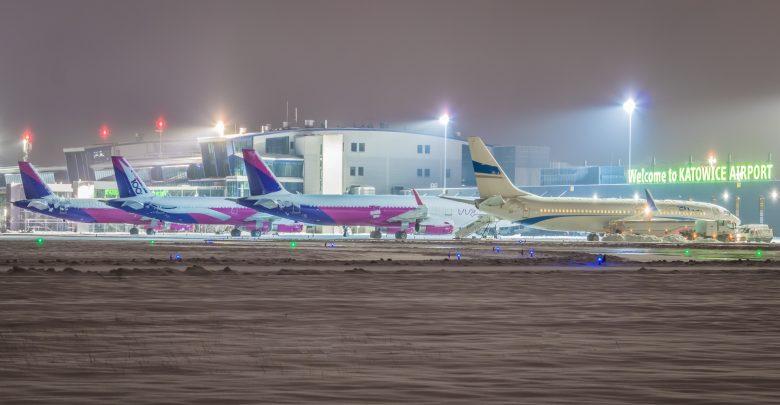 Punkt szybkich testów antygenowych w Katowice Airport. To dla lecących do Holandii (fot.Piotr Adamczyk)