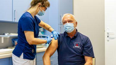 """Dzięki pierwszej partii szczepionek do piątku w """"Jedynce"""" zaszczepi się około 180 osób – nie tylko personel medyczny, ale i pracownicy administracji szpitala oraz np. aptek czy specjaliści z gabinetów stomatologicznych. [fot. Um Bytom / Hubert Klimek]"""