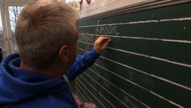 Nie jeden, nie dwa czy trzy języki, a... czternaście. W tylu biegle umie mówić pan Szymon Kasperek, nauczyciel ze Szkoły Podstawowej nr 13 w Rudzie Śląskiej