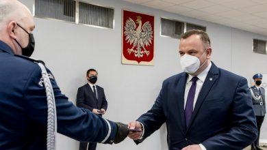 Medal za Zasługi dla Policji dla marszałka woj.śląskiego Jakuba Chełstowskiego (fot.slaskie.pl)