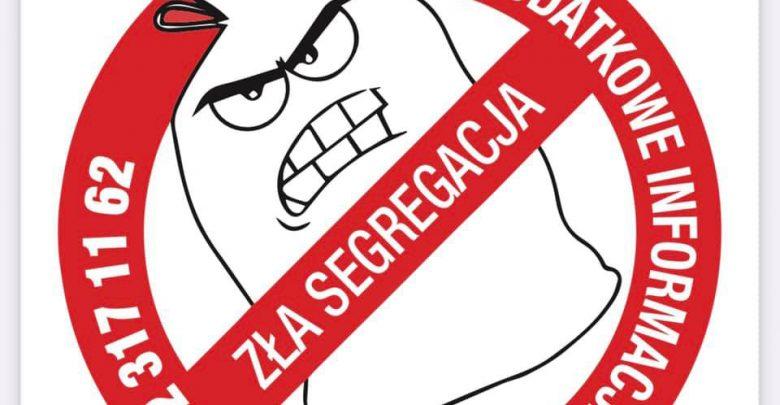 Karne naklejki w Mysłowicach. Dostaniesz ją, gdy będziesz źle segregował śmieci. Fot. ZOMM Mysłowice