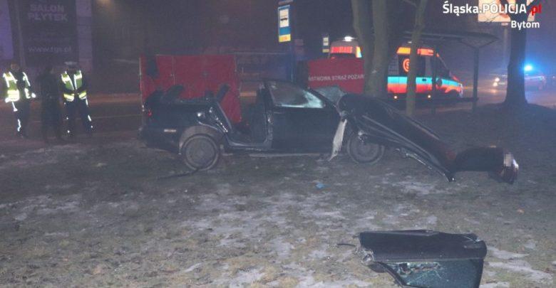 Bytom: Tragedia w Miechowicach. Nie żyje kierowca volvo (fot.Śląska Policja)
