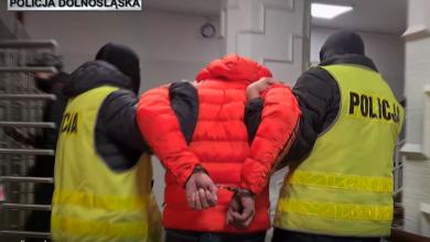 """""""Tulipan"""" w rękach policjantów. Oszukał kobietę na prawie 270 tys. złotych (fot.policja.pl)"""