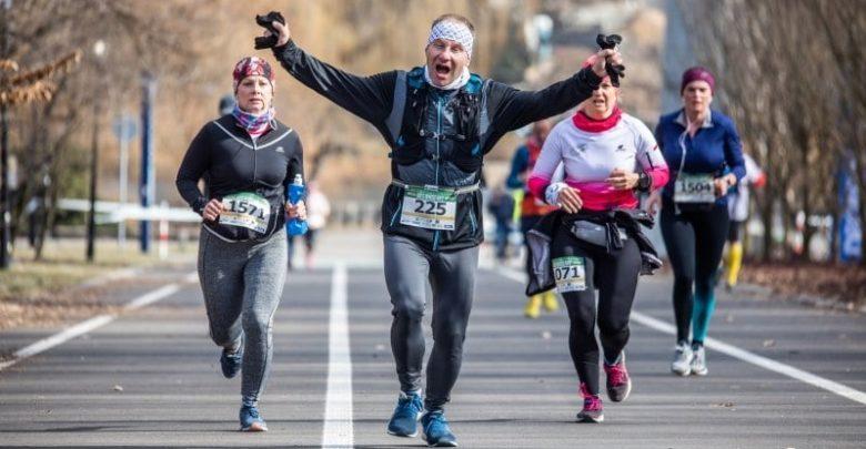 Z Pól Marsowych w Parku Śląskim ruszyła ósma edycja Biegu Wiosennego. To jedna z najważniejszych imprez biegowych na Śląsku. Parkowymi alejami przebiegło ponad 1500 uczestników! (fot.Park Śląski/facebook)
