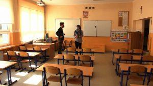 Od poniedziałku szkoły ponownie są puste. Do nauki zdalnej wrócili uczniowie klas pierwszej, drugiej i trzeciej szkoły podstawowej