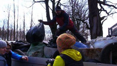 Mieszkańcy Żor sami posprzątali kawał miasta. Z lasu w Baranowicach zniknęły śmieci!